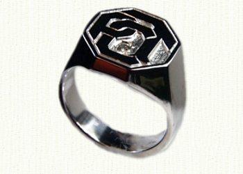Octagonal monogram signet ring